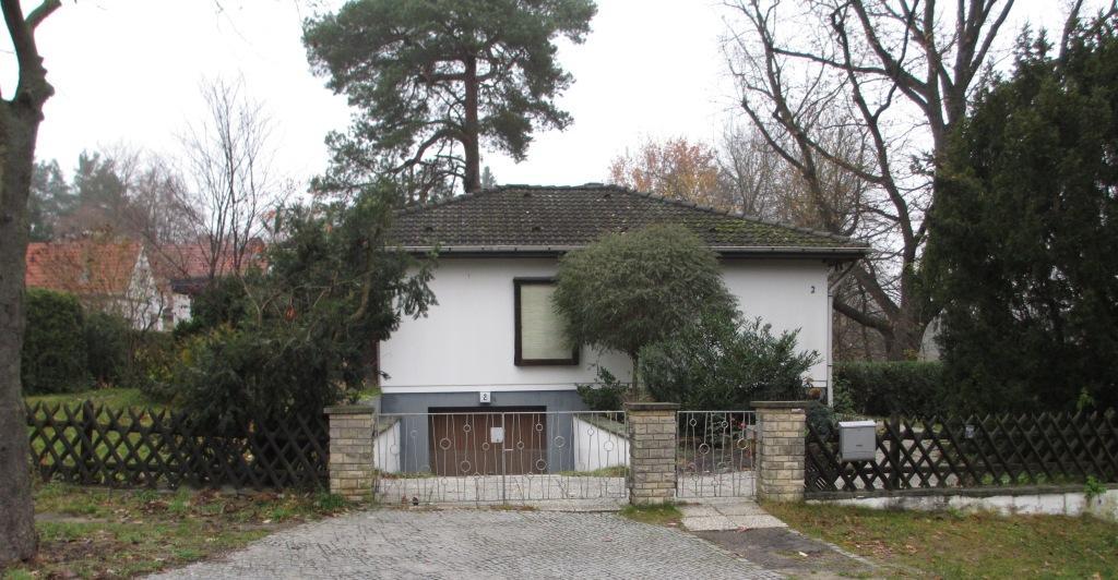 haus zur miete gesucht einfamilienhaus in berlin hermsdorf von privat zu mieten. Black Bedroom Furniture Sets. Home Design Ideas